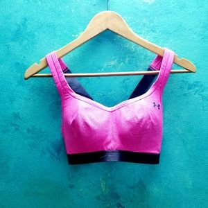 Like New Under Armour Hot Pink Sport Bra